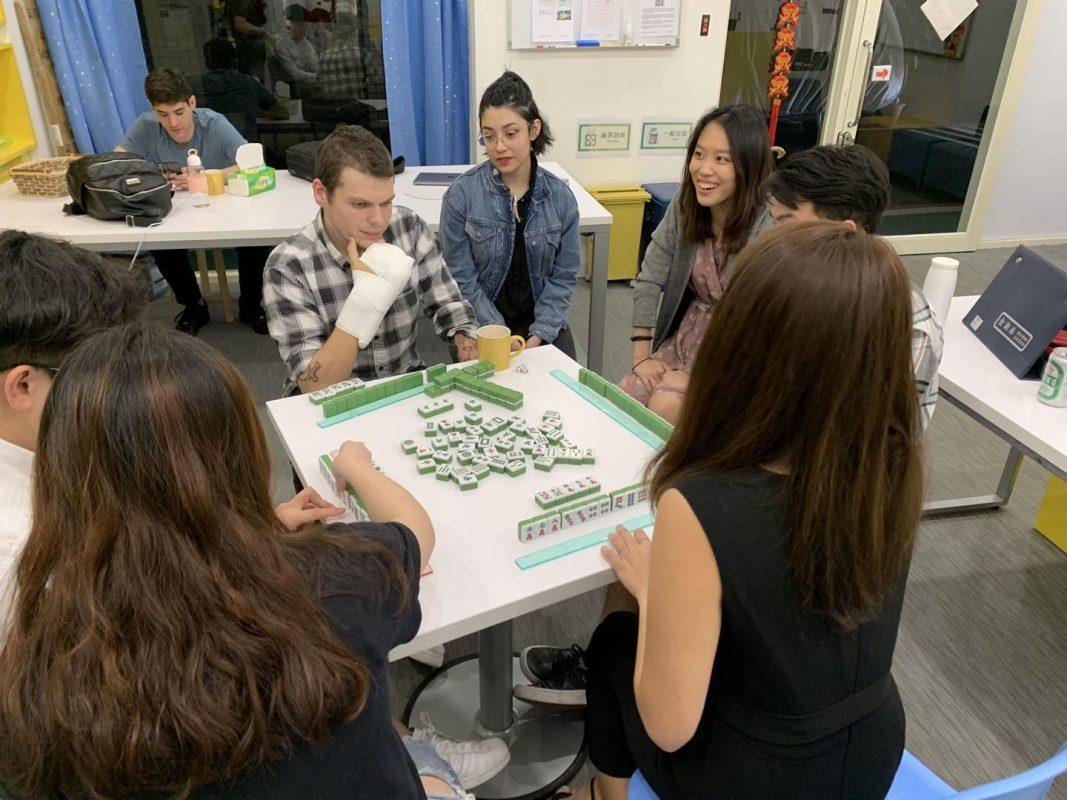 LTL Students in Taipei enjoying Mahjong night!